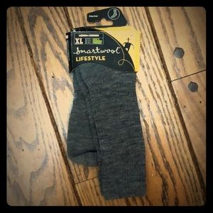 Size XL Smartwool medium cushion wool socks. New.